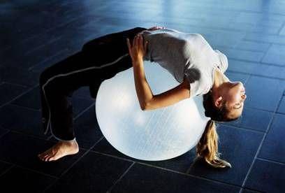 Упражнения для позвоночника при остеохондрозе грудного отдела (видео, фото)