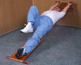 Упражнения для вытягивания позвоночника: польза или вред для спины?