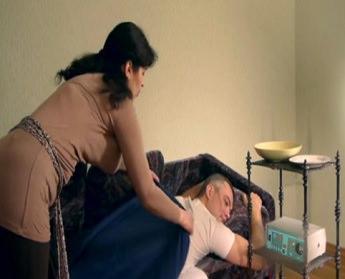 Как лечить грыжу на спине в домашних условиях
