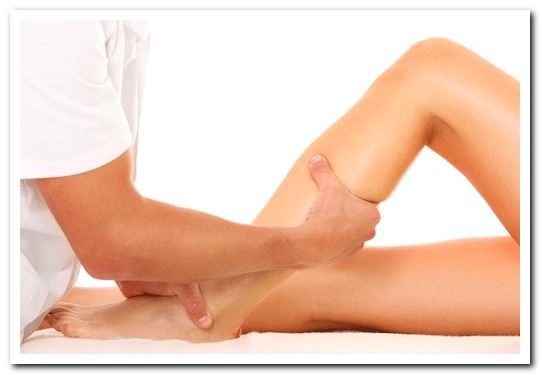 Болят тянут ноги что может быть