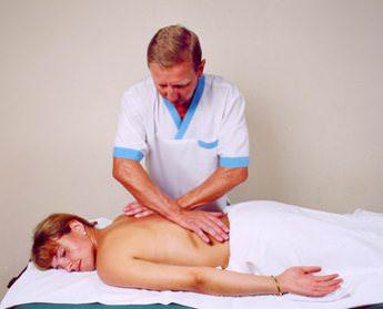 Болит спина после родов - почему появляются боли