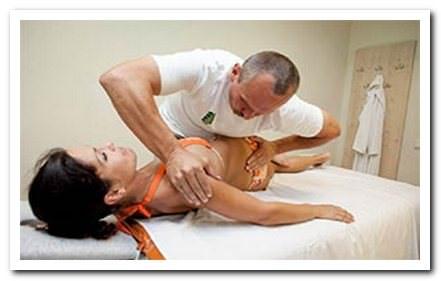 Миофасционный массаж спины