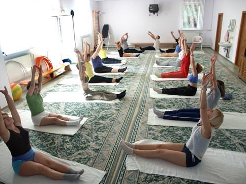 Лечение плечевого сустава физическими упражнениями