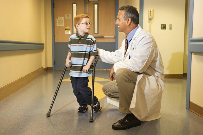 Болезнь Пертеса у детей - симптомы заболевания тазобедренного сустава, причины и лечение
