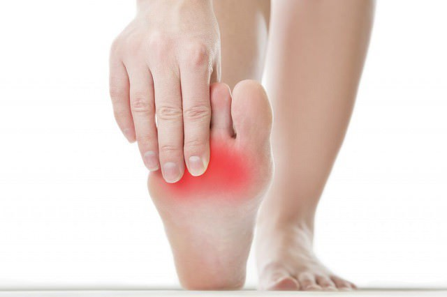 Что такое метатарзалгия стопы: симптомы и лечение синдрома